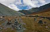 Piles of stones at Altai mountains — Stock Photo