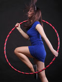 舞蹈圈蓝色的美丽女人 — 图库照片