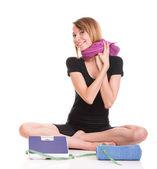 Beyaz genç kadın ağırlık izole beyaz ölçek — Stok fotoğraf