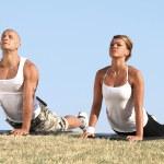 Couple exercising — Stock Photo