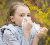 Allergic rhinitis a little girl. — Stock Photo