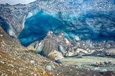 Glacier ice cave at Kverkfjoll — Stock Photo
