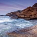 Rocky seashore — Stock Photo #19884633