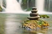 Zen stones and waterfall — Stock Photo