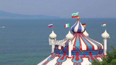 Circus tent near the sea — Stock Video