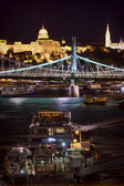 Budapest tourism on Danube river — Stock Photo