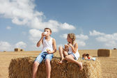 Happy kids eat — Stock Photo