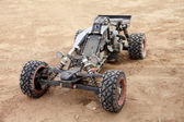 RC buggy in the desert — Stok fotoğraf