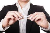 Businesswoman a cigarette — Stock Photo