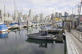 Harbor by Granville Island Bridge in Vcancouver BC — Stock Photo