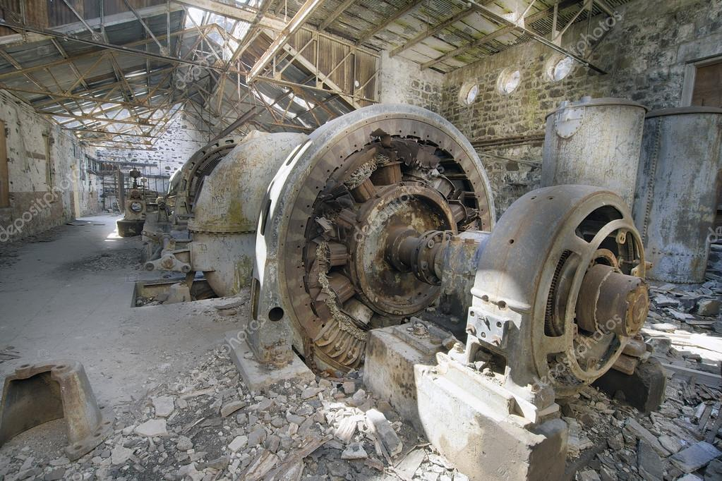 Ancienne gare centrale lectrique d saffect e photographie jpldesigns 13 - Acheter une usine desaffectee ...