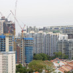 construction de condominiums avec grues — Photo