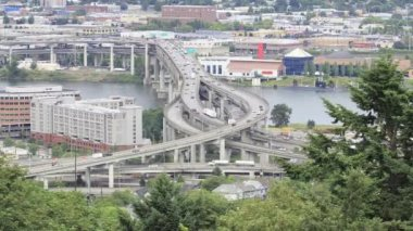Marquam Bridge Freeway Traffic Timelapse over Willamette River in Portland Oregon 1920x1080 — Stock Video
