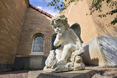 Cherub with Frog Cast Stone Garden Statuary — Stock Photo