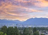 Vancouver bc miasta o zachodzie słońca — Zdjęcie stockowe
