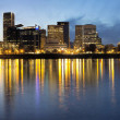Portland Downtown Along Willamette River at Blue Hour — Stockfoto #35216919
