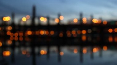 Portland Oregon Downtown Hawthorne Bridge Closeup across Willamette River at Blue Hour Out of Focus Bokeh Background — Stock Video