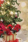 рождественская елка, украшенная боке и блестки — Стоковое фото