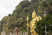 Lord Murugan Statue by Temple at Batu Caves — Foto de Stock