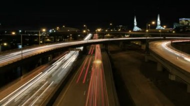 Rush Hour Interstate Freeway Traffic Long Exposure Light Trails in Downtown Portland Oregon Time Lapse 1080p — Stock Video