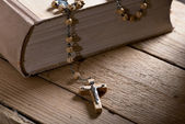 Bible And Rosary — Stock Photo