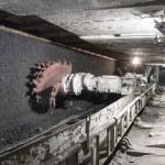 Coal extraction: Coal mine excavator — Stock Photo #24820819