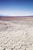 Dry lake bed in desert — Stock Photo