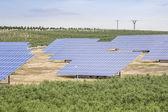 Energía renovables - energía solar — Foto de Stock