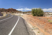 Windind road through empty wilderness in Utah — Stock Photo
