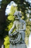 Child statue — Stock Photo