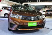 NONTHABURI - MARCH 25: New ToyoTa Altis CNG on display at The 35 — Stock Photo