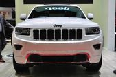 NONTHABURI - March 25: New Jeep Grand Cherokee on display at The — Stock Photo