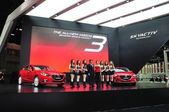 NONTHABURI - March 25: New Mazda 3 on display at The 35th Bangko — Stok fotoğraf