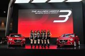 NONTHABURI - March 25: New Mazda 3 on display at The 35th Bangko — Foto de Stock