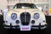 NONTHABURI - NOVEMBER 28: Mitsuoka view-T, Vintage design car, o — Stock fotografie