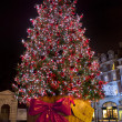 Christmas Tree in Covent Garden. — Stok fotoğraf #16427713