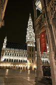 View of Grand Place and City Hall in Brussels — Stock Photo