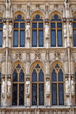Close-up Detail of Brussels Town Halll in Grand Place — Stock Photo