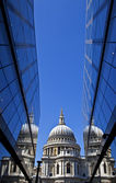 View of St. Paul's Cathedral in London. — Stock Photo