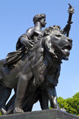 One of the Statues at the Victoria Memorial — Stock Photo