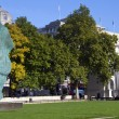 Horse Head Sculpture and Marble Arch in London — Stock Photo