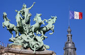 Grand Palais Quadriga in Paris — ストック写真