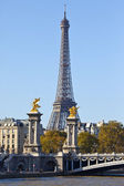 Eiffel Tower and Pont Alexandre III Bridge in Paris — Stock Photo
