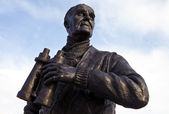Captain Frederic John Walker Statue at the Pier Head in Liverpoo — Stock Photo