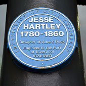 Placca di jesse hartley blu presso l'albert dock di liverpool — Foto Stock