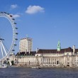 The London Eye, County Hall and the River Thames — Stock Photo #46819103