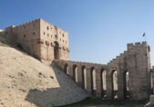 Aleppo citadel in syria — Stock Photo