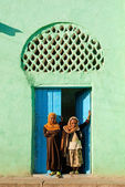 Harar ethiopia old town city mosque girls children — Stock Photo