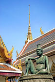 Buddha statue in grand palace bangkok thailand — Stock Photo