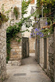 Budva old town cobbled street in montenegro — Stock Photo
